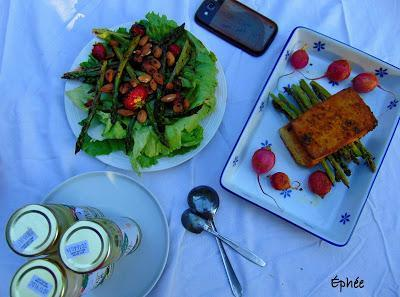 Salade de fraises et d'asperges