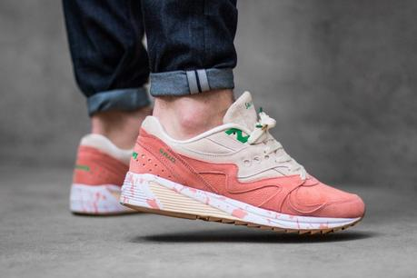 Saucony-Grid-8000-Lobster-Roll-01