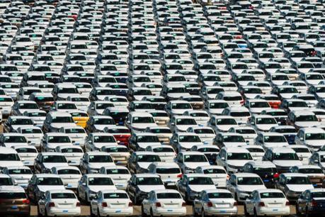 Crédit : flotte automobile par Shutterstock