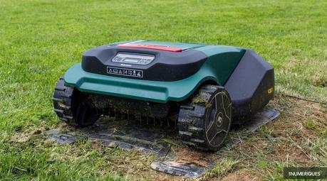 lesnum ont test le robot tondeuse robomow rs625 voir. Black Bedroom Furniture Sets. Home Design Ideas