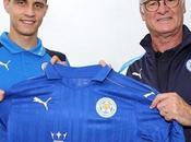 Leicester engage milieu offensif Mahrez vers départ
