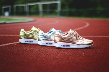 Nike-Air-Max-1-ID-Gold-Medal-Olympic-02