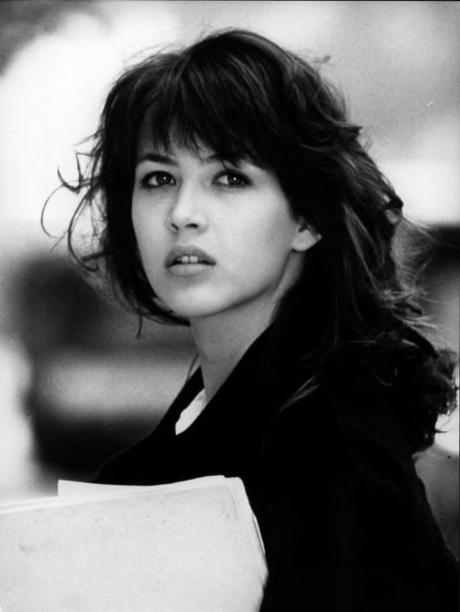a-guide-to-cool-sophie-marceau-folkr-30