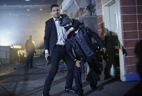 Arrow Synopsis photos promos l'épisode 5.01