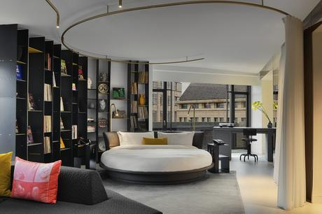 who4090gr-188969-Wow Suite Exchange - Bedroom