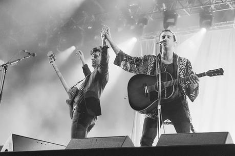 rock-en-seine-2016-folkr-victor-picon-the-last-shadow-puppets-6794
