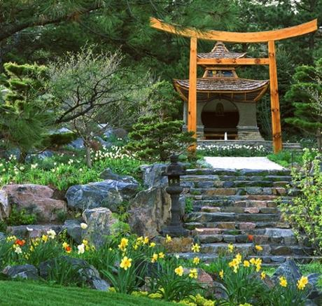 How-to-Create-a-Gorgeous-Japanese-Garden-4
