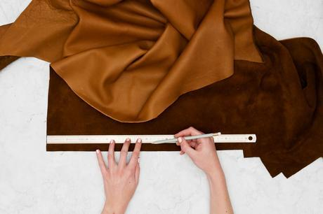DIY simple pour réaliser un cache pot spartiate en cuir