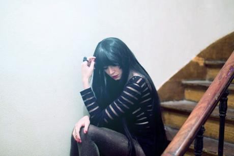 girl-dark