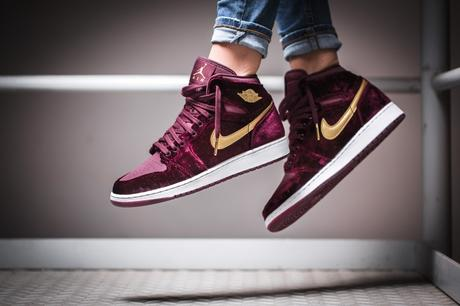 air-jordan-1-retro-high-premium-heiress-velvet-01