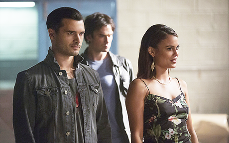 Audiences US Vendredi 4/11 : The Vampire Diaries en hausse, Crazy Ex-Girlfriend stable !