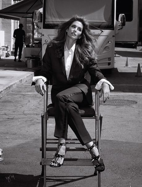 a-guide-to-cool-cindy-crawford-folkr-blog-photo-mode-11