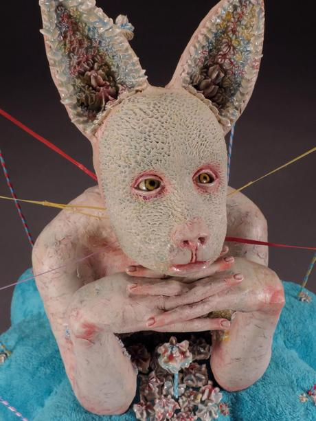 Magda Gluszek Art – Keeping It Together, 2012, stoneware, glaze, fabric, wire, ribbon