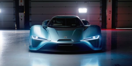 MOTEUR : La voiture électrique la plus rapide au monde !