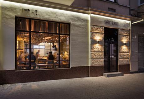 conseilsdeco-shade-burger-materiaux-bruts-hamburgers-architecte-interieur-yoddesign-restaurant-canopee-bois-conseils-deco-02