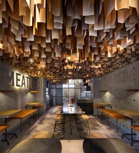 conseilsdeco-shade-burger-materiaux-bruts-hamburgers-architecte-interieur-yoddesign-restaurant-canopee-bois-conseils-deco-04