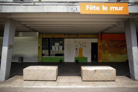 Autour du local de Fête le mur, la plupart des commerces ont fermé. © E.R