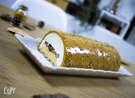 Bûche de Noël aux poires caramélisées et caramel au beurre salé