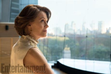 marvel-s-the-defenders-photo-the-defenders-Sigourney-Weaver