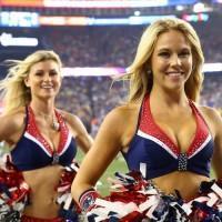 Comment a évolué le look des cheerleaders depuis 50 ans?