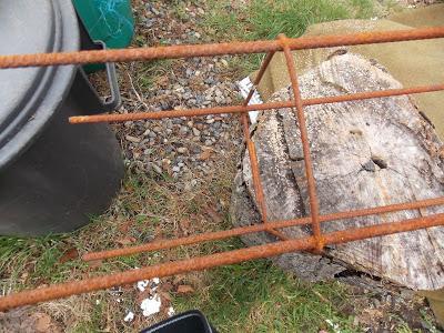Construction Dun Treillage Original Pour Les Légumes