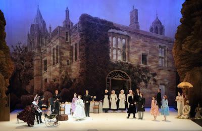 Première: Les aventures d'Alice au pays des merveilles de Christopher Wheeldon par le Ballet d'Etat de Bavière