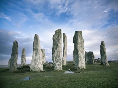 Les plus anciens cercles de pierres alignés sur le soleil et la lune