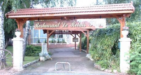 Grâce à helloresto, consultez les huit (8) meilleurs restaurants de la Roanne