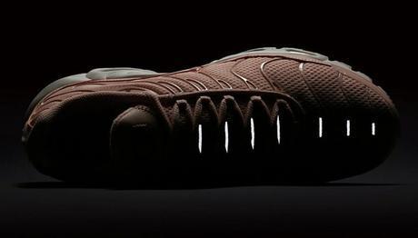 Nike Air Max Plus Breathe Arctic Orange