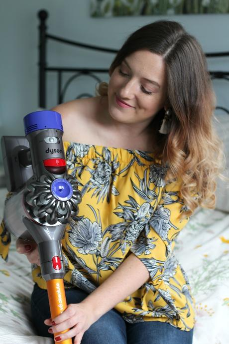 Ménage du printemps - Dyson V8 absolute