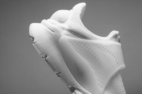 Nike Sock Dart Triple White