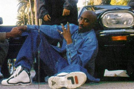 tupac-2pac-grant-hill-fila-96-shoes