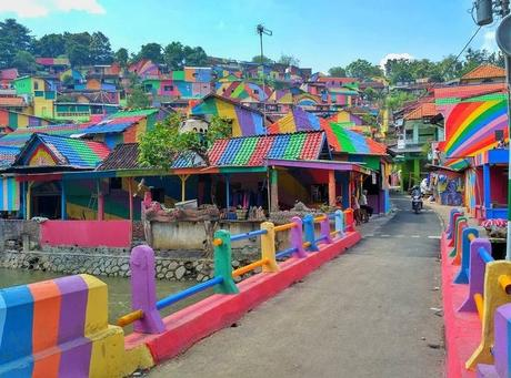 Rainbow Village – Indonesie
