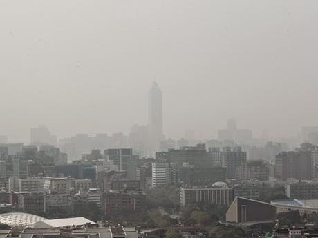 La pollution et la sécurité routière parmi les problèmes soulevés par les étrangers vivants à Taiwan !!