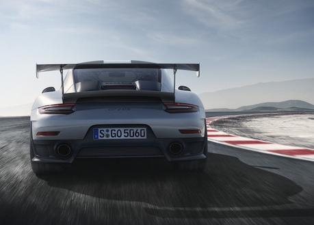 La GT2 RS, la Porsche 911 la plus puissante jamais construite, se dévoile