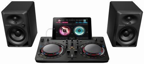 Pioneer DJ Starter Pack pour faire danser vos amis pendant tout l'été