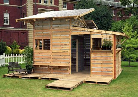 Pallet House – Studio i-beam