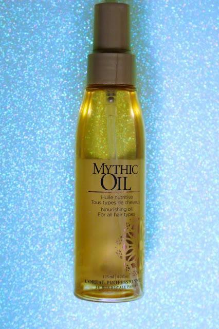 La gamme Mythic OIL de chez l'oréal pour le corps et les cheveux.