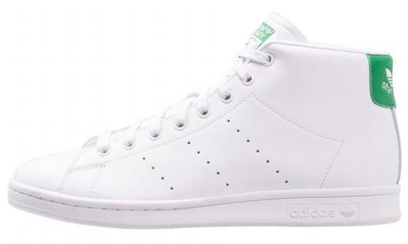 Des montantes tendances Adidas Stan Smith - sneakers blanches en cuir pour Hommes