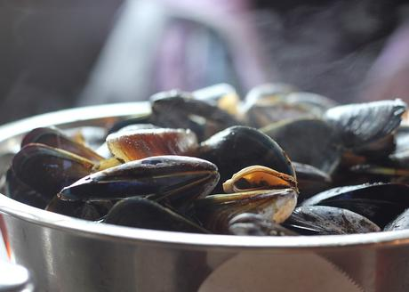 MOULES SAUCE CURRY