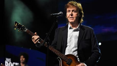 Paul McCartney : il se produit ce soir à Newark, NJ ( #oneonone #paulmccartney)