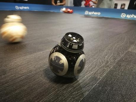 IFA 2017 : Sphero présente 2 nouveaux droïdes Star Wars deux ans après le premier BB-8