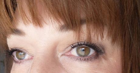 Maquillage spécial paupières tombantes