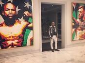 Mayweather affiche énorme tableau McGregor chez