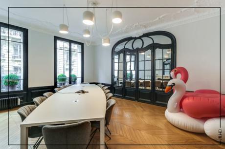 1200x800_Cabinet avocat parisien_salle de réunion_flamant rose