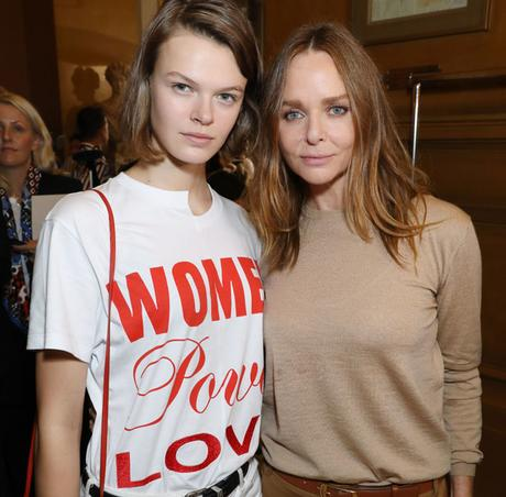 [Revue de presse]Stella McCartney imagine un T-shirt pour Glamour #StellaMccartney #FashionWeek #Paris #mode #glamour