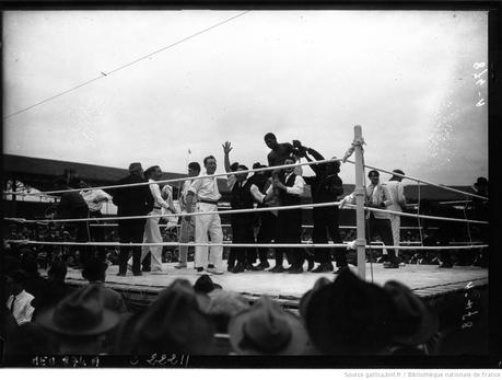 1922, Carpentier surpris par Siki à Buffalo