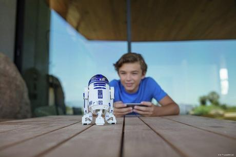Les droïdes R2-D2 et BB-9E désormais programmables via l'application Sphero Edu
