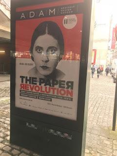 Médias de papier au service de la révolution russe : affiches et magazines