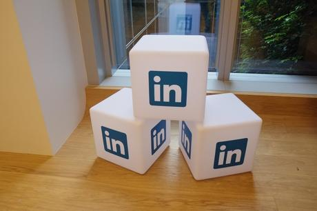 attirer-vos-clients-avec-linkedin.jpg